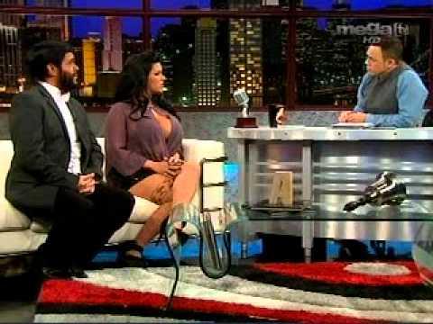 Alexis Valdes Entrevista A Angelina Castro Y Personaje De Presidente De Iran  1 16 11 video