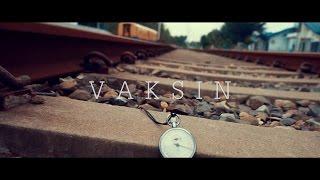 download lagu Eno, Redho, Feat Macbee - Vaksin gratis