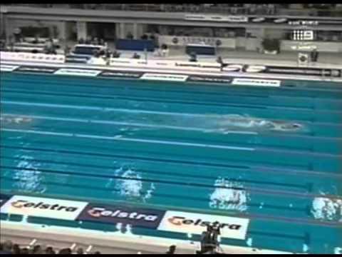 Nadador Ian Thorpe corre risco de perder movimentos do braço esquerdo, -