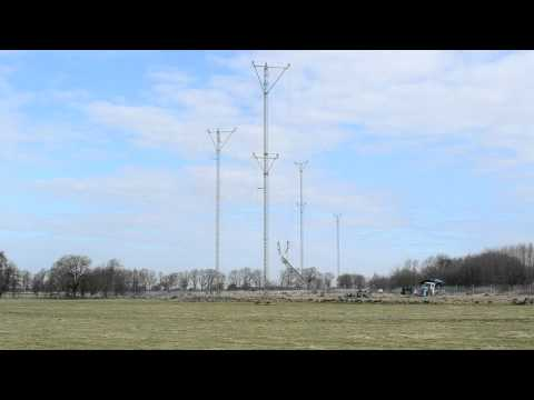 Demolition of shortwave antennas at Hörby Radio Station. 2
