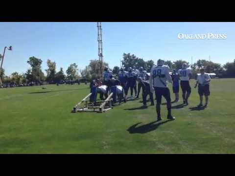 #Lions defensive linemen led by Ndamukong Suh and Nick Fairley on sled drills on Wednesday.