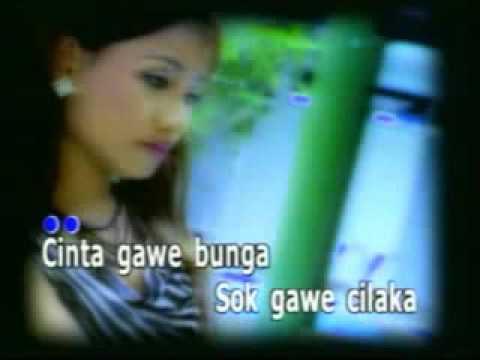 download lagu Aja Marek Maning Iwi S gratis