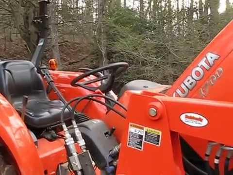 Kubota MX4700/MX5100 Bleeding Air From Fuel Lines