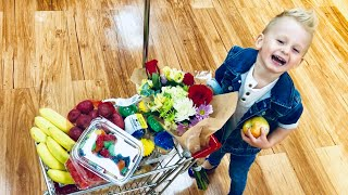 Pretend food shopping video. Going around the store and picking up best food for kids