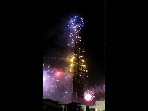 2012 New Year Fireworks! Burj Khalifa, Dubai Hd video