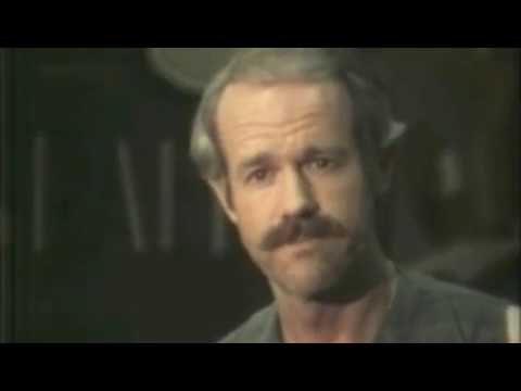BJ Hunnicutt (Mike Farrell) at wrap-up news conference