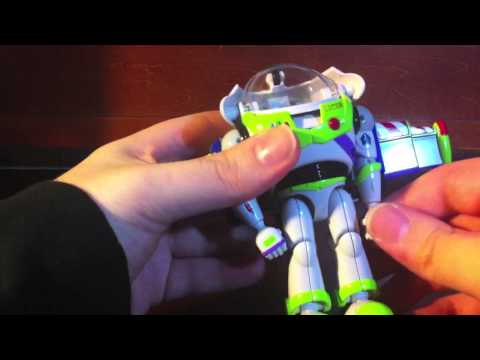 Review: Buzz Lightyear (Transformers: Disney•Pixar Label)