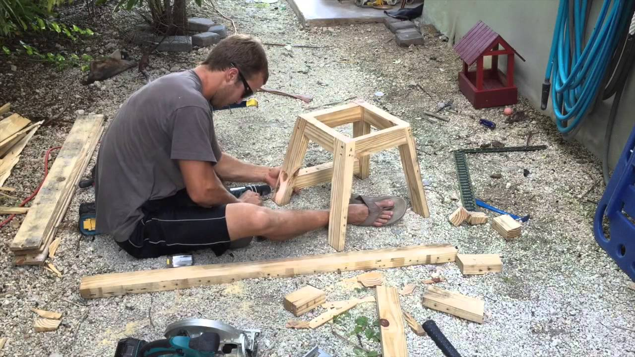 Building Dirtbike Stand From Pallet Youtube