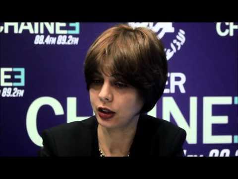Invité de la rédaction de la chaine3 : Houda Imane Feraoun La ministre de la Poste et des TIC