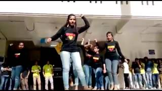 Indian school girl dance in program collage girls dance in bhojpuri song