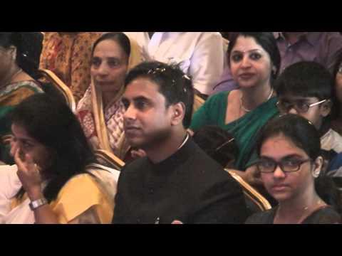 Shobana Chandramohan singing Jai Ho & Desh Rangeela on 15th...