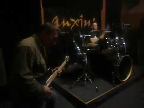 Az Anxius együttes koncertje a Vezér Söröző Music Clubban
