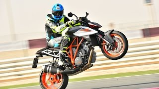 2017 KTM 1290 Super Duke R First Ride Review in Qatar! | On Two Wheels