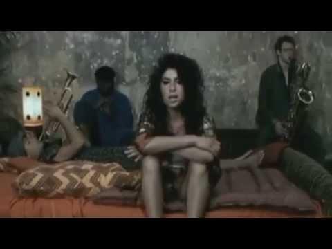 Mamma Marehab-Ricchi e poveri Vs Amy Winehouse Vs Rozalla Vs Boney M-Paolo Monti MEGAmashup 2014