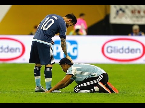 Lionel Messi ● 10 Respect Moments With Pitch Invaders | HD