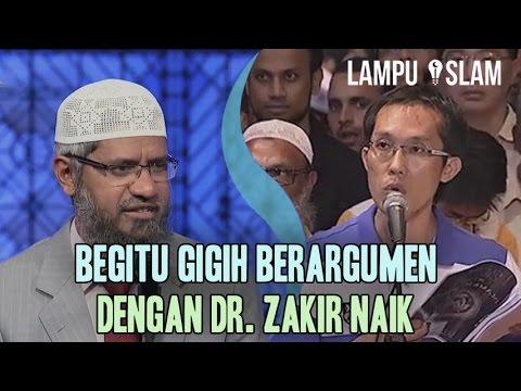Pria Ini Begitu Gigih Berargumen Dengan Dr. Zakir Naik