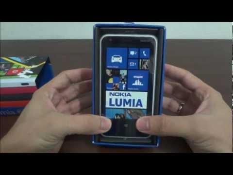 Unboxing Nokia Lumia 620
