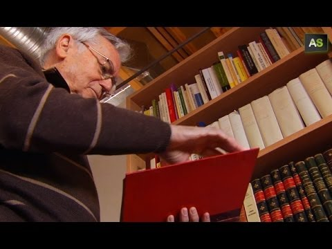 AS Manuel Ruiz Luque, a passion for books with one of the most valuable collections is Spain
