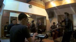 download lagu Rindu Ini Cover - Satya & Friends gratis
