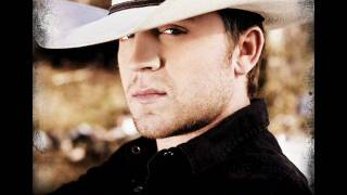 Watch Justin Moore Bed Of My Chevy video