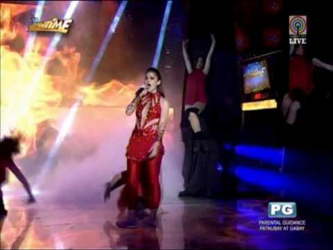Anne Curtis belts out 'Girl on Fire'