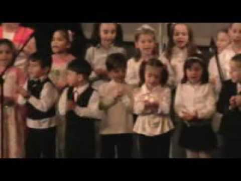Bilgi Yarismasi 2009 Ikmb Miniklerin Gösterisi video