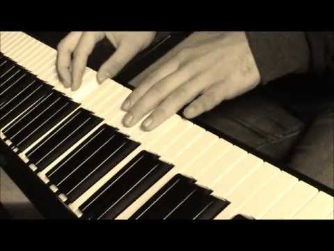 Clip video Piano- Kemal sunal film muzigi - Musique Gratuite Muzikoo