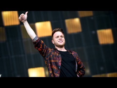 Olly Murs - Wrapped Up (Radio 1's Big Weekend 2015) (feat... Grimmy?!)
