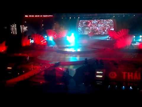 Đàm Vĩnh Hưng Hát Tại Liên Hoan Trà Quốc Tế Thái Nguyên Việt Nam 2011.mp4 video