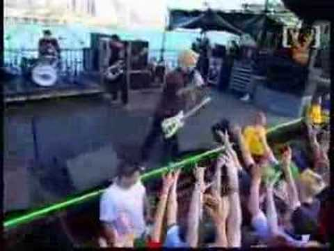 Green Day 2000 Green Day 2,000...