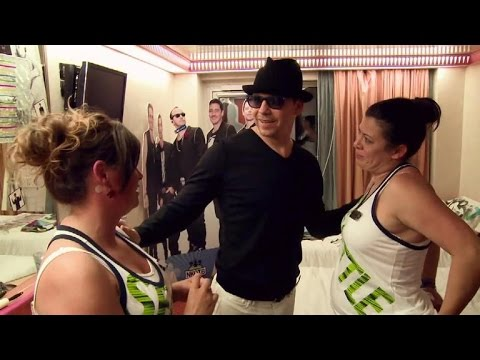 Donnie Wahlberg Challenges NKOTB's Biggest Fans in 'Rock This Boat' Finale!