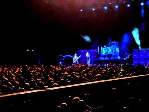 Ozzy Osbourne az éneklő nagypapa