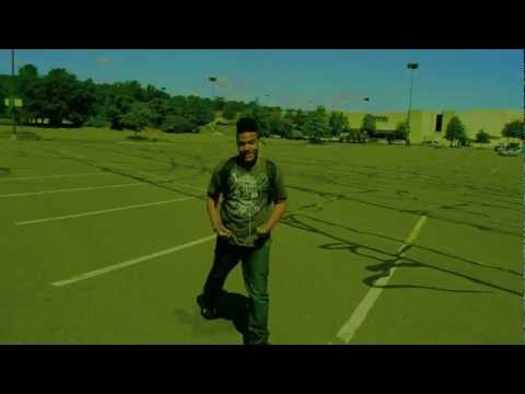LiL B-Bill Bellamy cooking dance