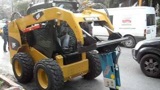 CMB skid steer breaker With CAT 246 S in Nisantası -istanbul MVI_3575.AVI