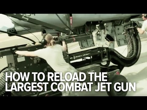 How the USAF reloads the largest combat jet gun in the planet