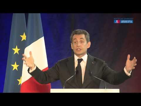 Nicolas Sarkozy en meeting à Aulnay-sous-Bois