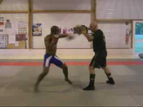 Savate - Kick Boxing Image 1