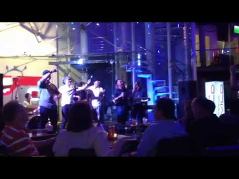 Inikah Cinta ( Live ) - M.E Reunion Jakarta