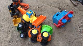 Car Toy videos for Kids Tractor Excavator Trucks Lightning McQueen Playtime