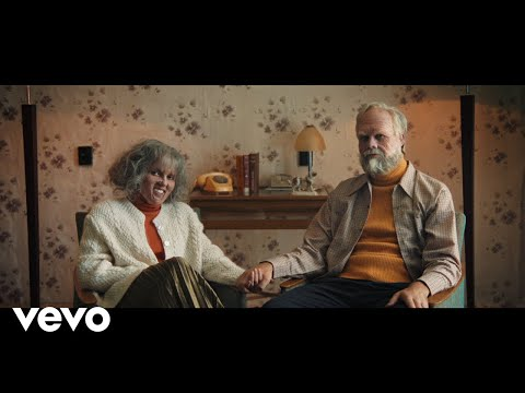 Oh Wonder - Happy (Official Video)
