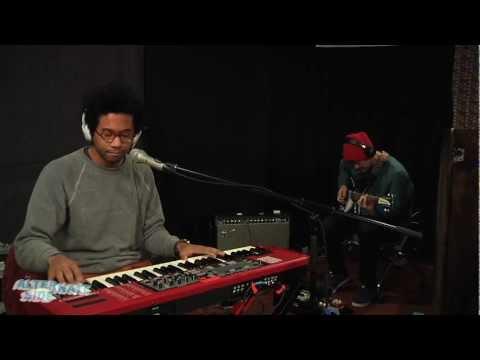 Toro y Moi - Studies (Live @ WFUV, 2013)