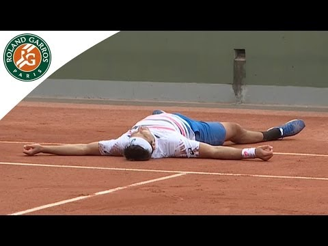 Unusual celebration by Marinko Matosevic at Roland Garros