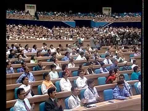 Prime Minister Shri Narendra Modi launches Pradhanmantri MUDRA Yojana