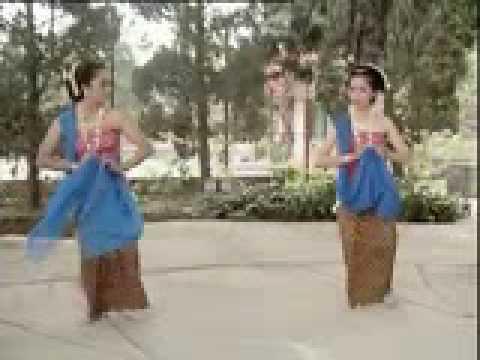Tari Gambyong Jawa Tengah Tari Gambyong Tradisi Jawa