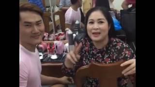 Kha Ly cùng sân khấu kịch Hồng Vân , Anh Vũ , Thanh Duy , Lê Lộc diễn vở Cưới Dùm tại Dầu Tiếng