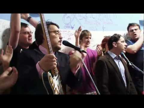Tubthumping - They Might Be Giants & The AV Club Chorus