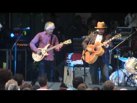 Lee Ranaldo Band with Jeff Tweedy and Nels Cline - Walk On