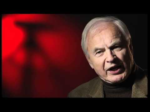 Hans Modrow: Personenkult im Stalinismus