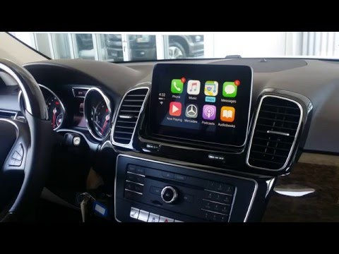 How Apple CarPlay Works in a Mercedes-Benz GLE350!