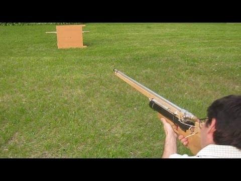 Shooting stuff with the homemade air gun